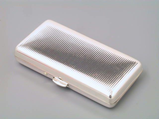 Pillendose Silber Riefen 70 x 35 mm
