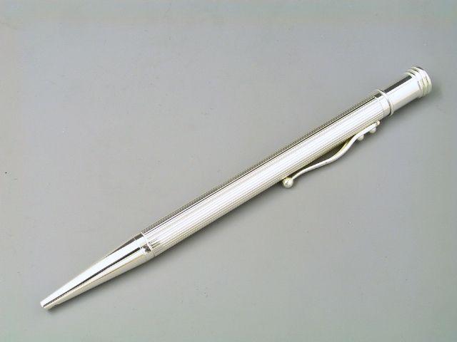 Silber Kugelschreiber