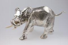 Elefant aus Sterling-Silber Höhe 18 cm